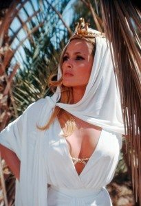 ursula-andress-3